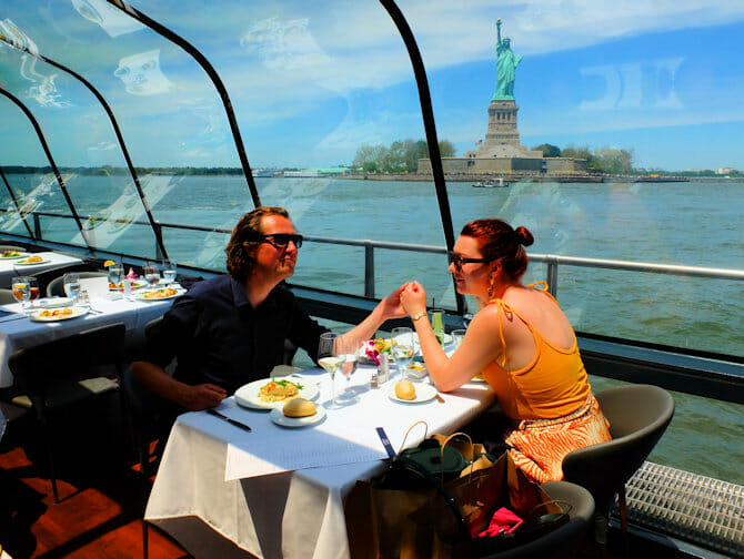 Valentijns Dinner Cruise in New York - Vrijheidsbeeld