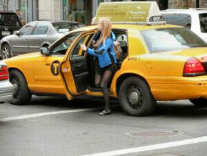 Taxi's zijn een goede manier om te reizen in new york