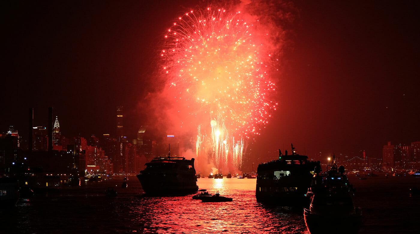Boottochten op Oudejaarsavond in New York - Vuurwerk