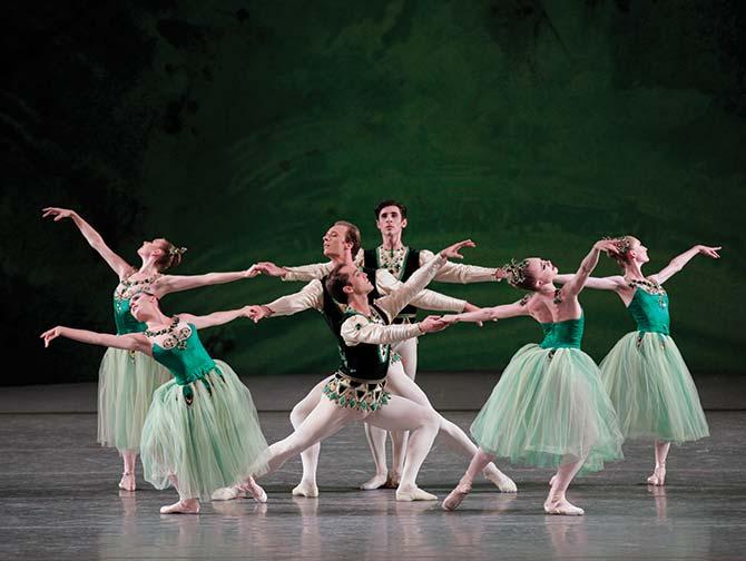 Ballet Tickets in New York - Serenade in Groen