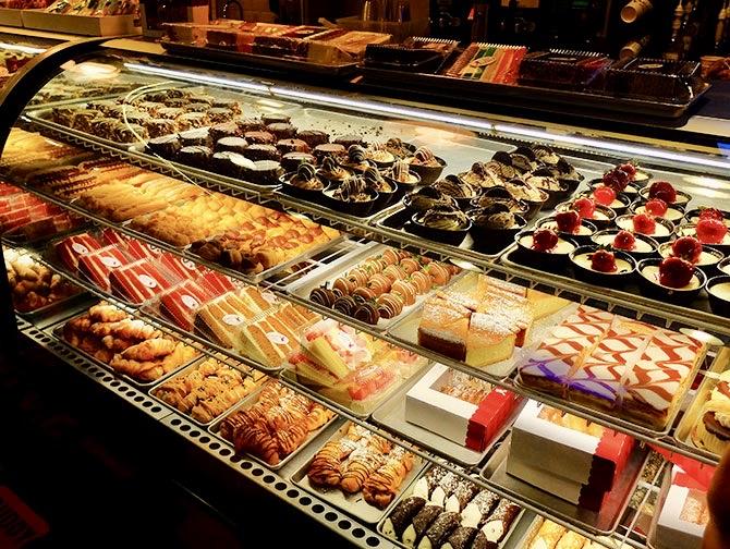 Carlo's Bakery 'Cake Boss' in New York - Gebakjes