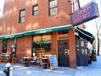 Beste hamburger restaurants in New York - Corner Bistro