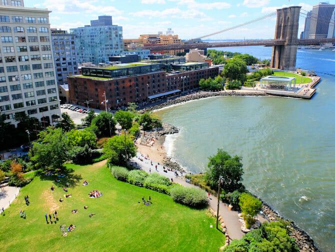 Parken in New York - Brooklyn Bridge Park