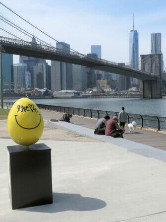 Gele Paasei in New York