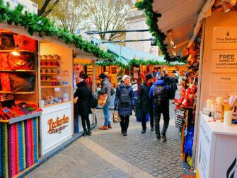Markten in New York - Bryant Park Kerstmarkt