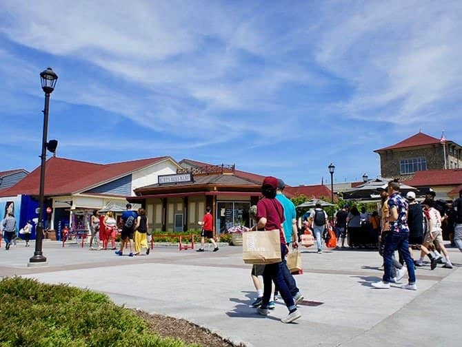 Outlets in New York - Woodbury Common