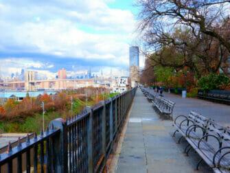 Brooklyn Tour - Brooklyn Heights Promenade