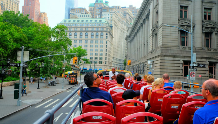 Hop-on Hop-off bus in New York - Sightseeing
