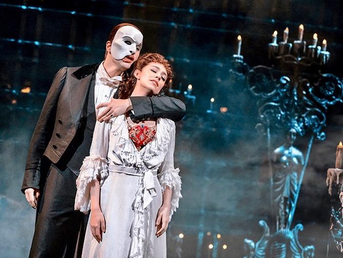 The Phantom of the Opera op Broadway Tickets - The Phantom en Christine