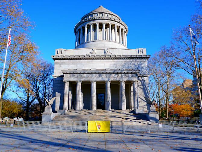 Veterans Day in New York - Grants Tomb