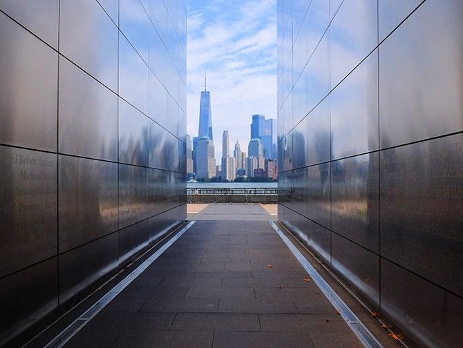 Empty Sky Memorial in New Jersey - Uitzicht op de skyline
