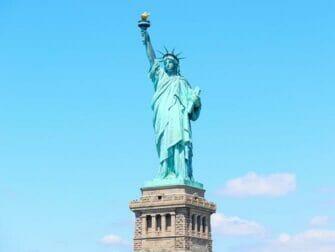 New York Hop on Hop off en Attracties Kortingspakket - Statue of Liberty