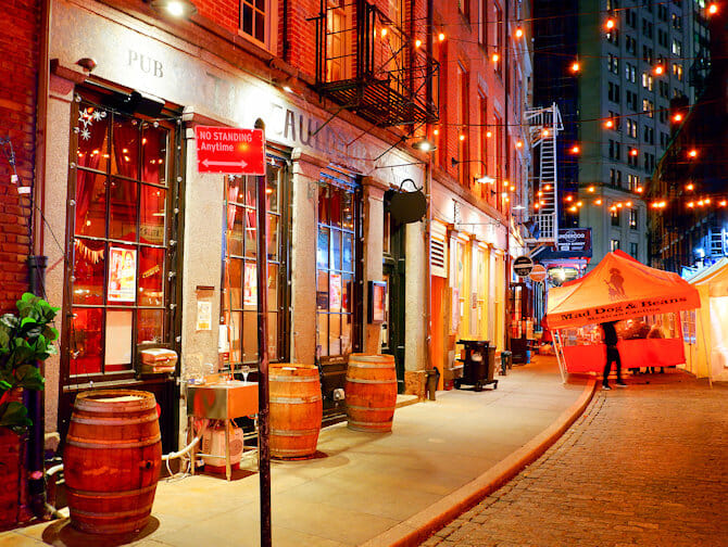 Restaurants op Stone Street in New York - Bars en Restaurants