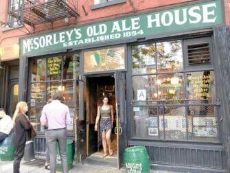 Verborgen (speakeasy) bar tour in New York - McSorleys
