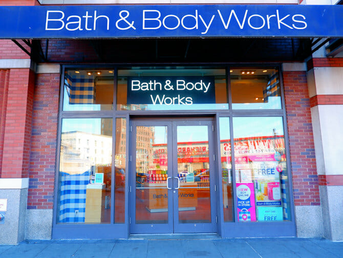 Make-up in New York - Bath and Body Works