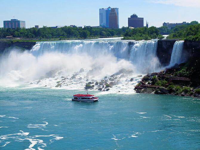 Dagtrip Niagarawatervallen met privévliegtuig - Boottocht