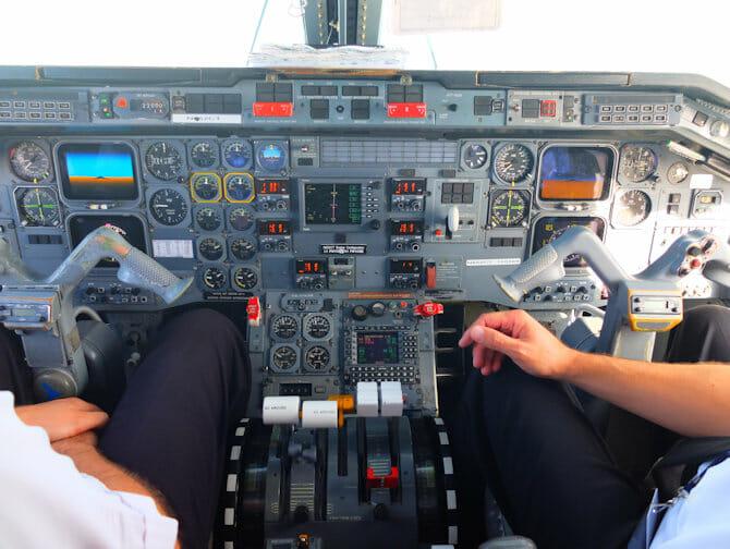 Dagtrip Niagarawatervallen met privévliegtuig - Cockpit