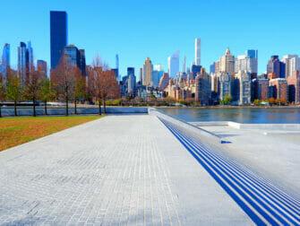 Roosevelt Island - Memorial