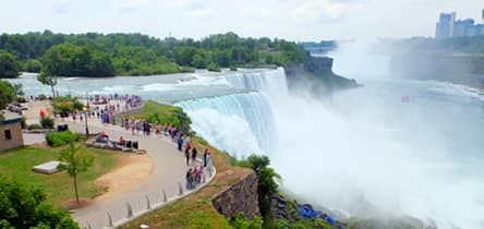 Niagara Falls met vliegtuig