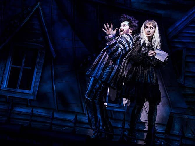 Beetlejuice op Broadway Tickets - Beetlejuice & Lydia