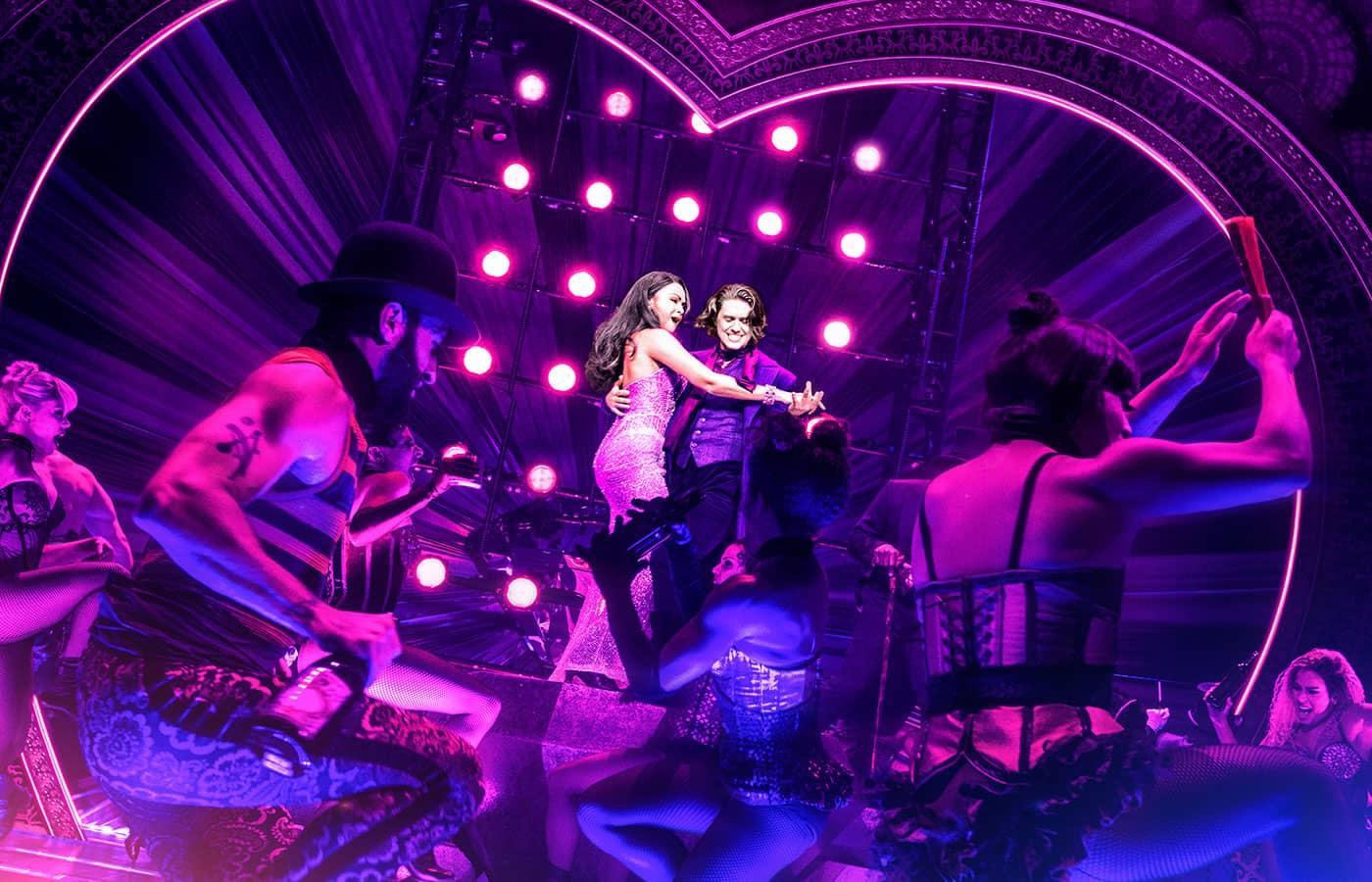 Moulin Rouge! The Musical op Broadway Tickets - De Moulin Rouge