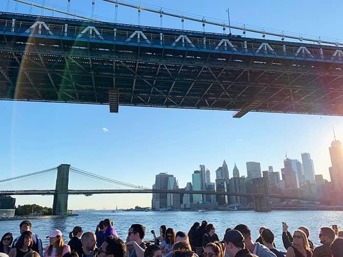 Happy Hour Cruise in New York - Varen over de East River