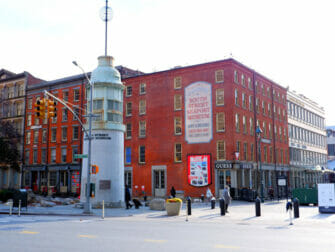 South Street Seaport in New York - Museum