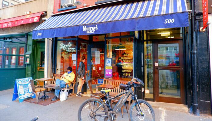 Best Koffie en Bagel Bars in New York - Murrays Bagels