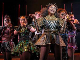SIX op Broadway Tickets - De Show