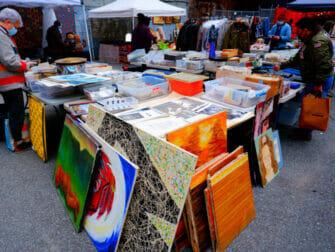 Chelsea Flea Market - Manhattan